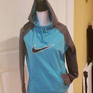 Large thermal fit Nike sweatshirt